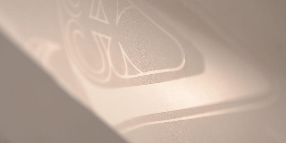Applicazione del foil per stampa a caldo